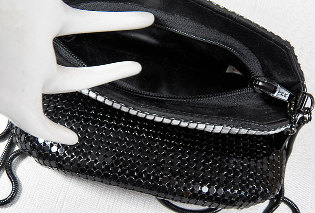 9d24bace6179 A delightfully charming petote black and white metal mesh shoulder  messenger style purse from the 80 s. The black cobra link chin is cross the  body Length.